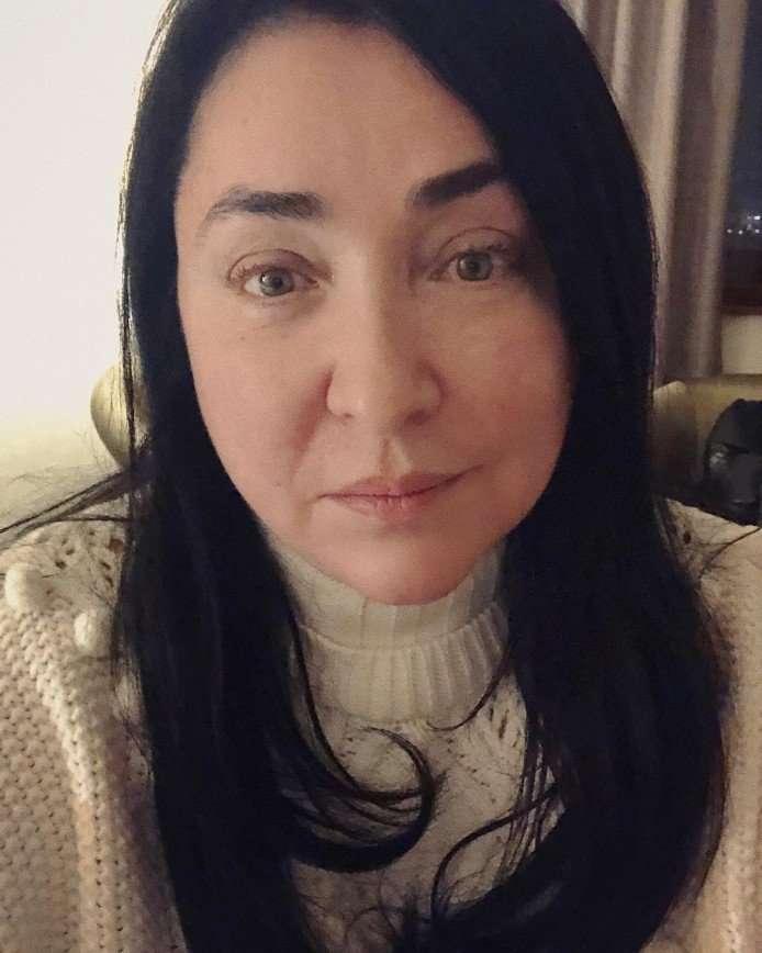 Лолиту Милявскую на китайской границе приняли за мужчину