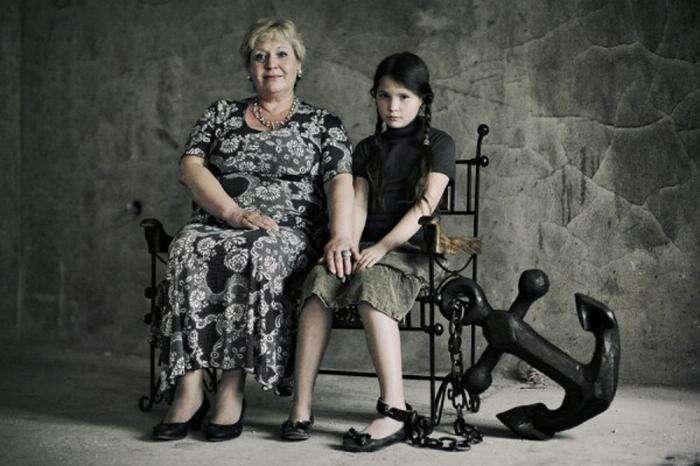 Фотопроект: Оборотная сторона материнской любви