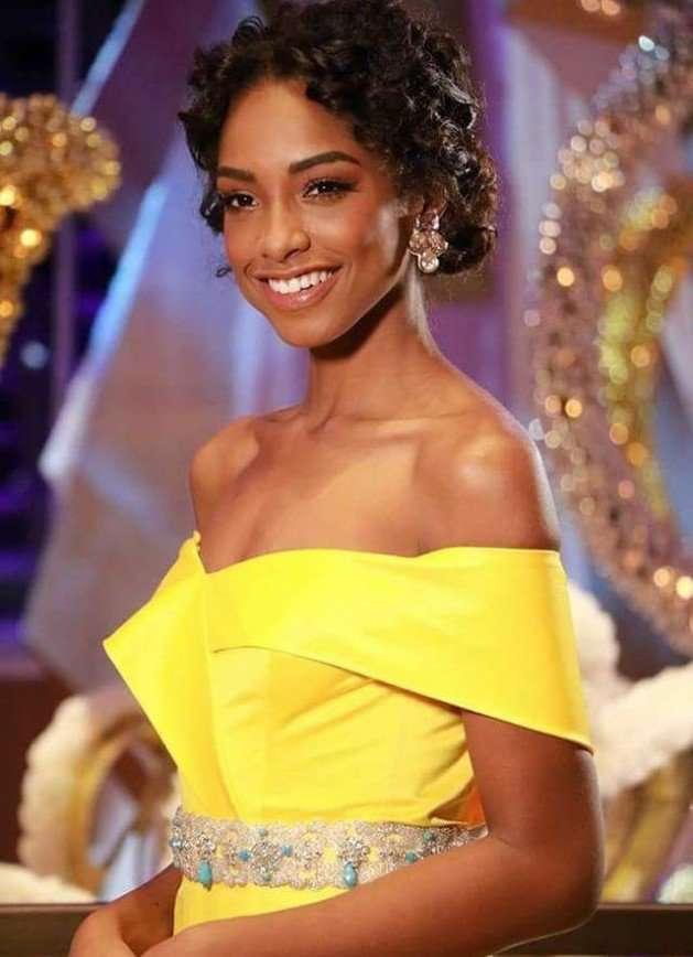Корону «Мисс Мира-2016» завоевала представительница Пуэрто-Рико