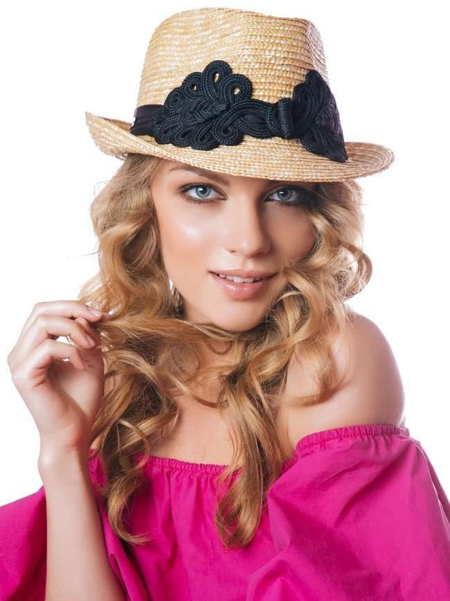 Дом шляпки Lilia Fisher представил летную коллекцию